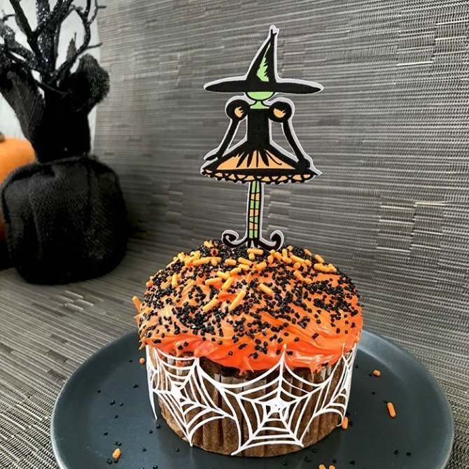 witch cupcake toppers from 100 Directions