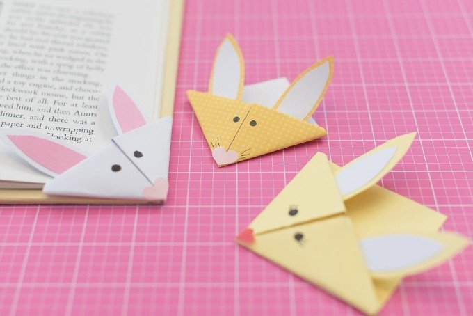 books and bunny bookmarks